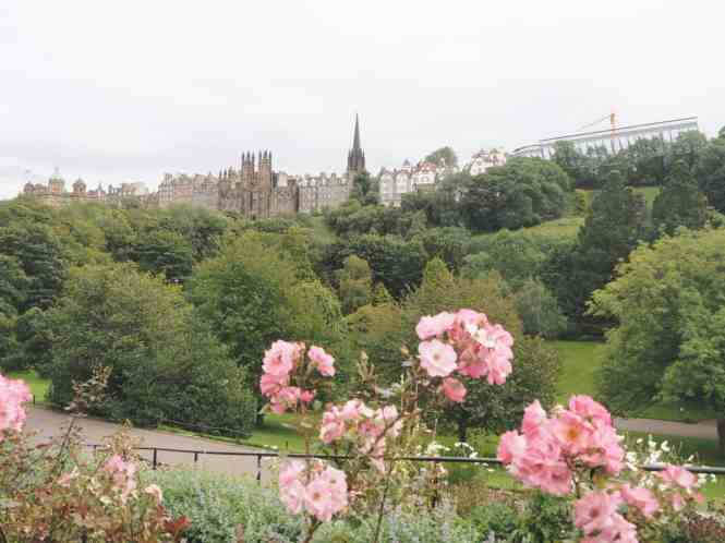A day in Dean Village and Stockbridge, Edinburgh | PACK THE SUITCASES