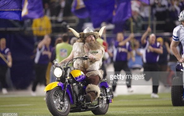 Pack to the Past – Minnesota Vikings