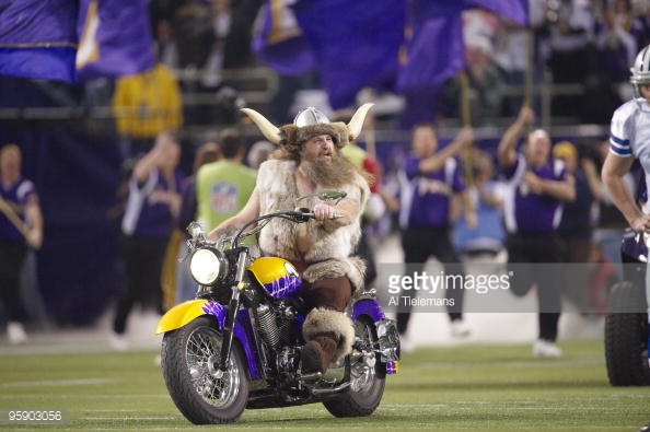 Pack to the Past – Minnesota Vikings