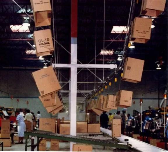 Space Efficient Overhead Conveyor System PACLINE