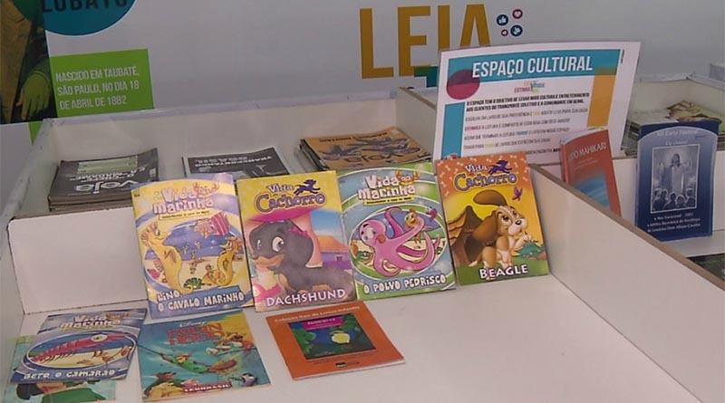 """Livros """"desaparecem"""" de projeto cultural no Terminal Central de Londrina"""
