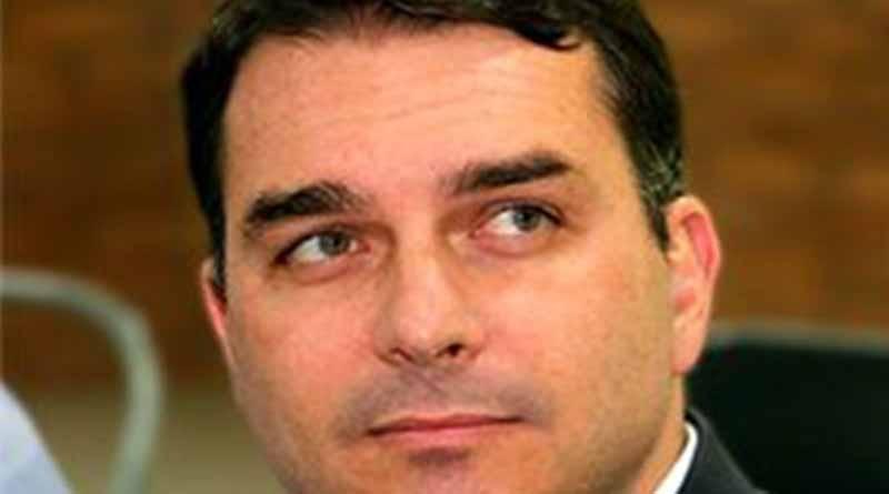 Flavio Bolsonaro ainda vai derrubar o paizão