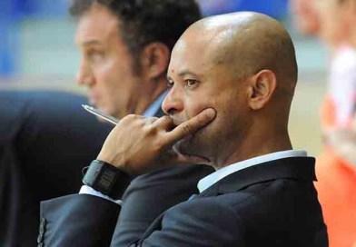 Cafu. Das quadras de futsal de Londrina a técnico na Itália e Líbano