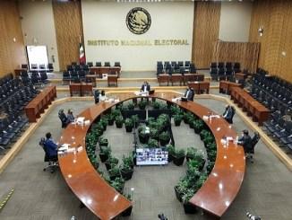 INE rechaza registro de México Libre y aprueba a Encuentro Solidario