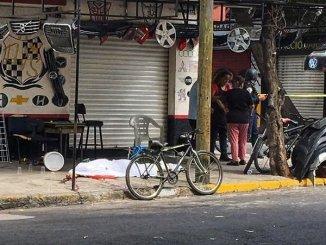 Acusado de matar a un vendedor de autopartes en la Doctores, policías capitalinos detienen a un sujeto