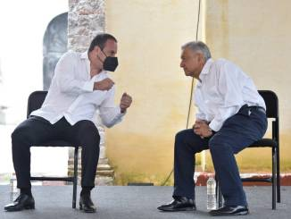 """""""Tiene todo el apoyo del Gobierno Federal"""", afirmó López Obrador a Cuauhtémoc Blanco"""