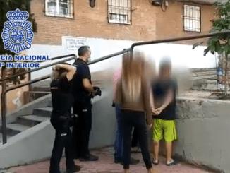 Joven es apuñalado en Madrid por reclamar a una persona que no llevara puesto el cubrebocas; hay tres detenidos #VIDEO