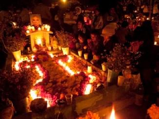 Cancelan en Oaxaca festividades de Día de Muertos