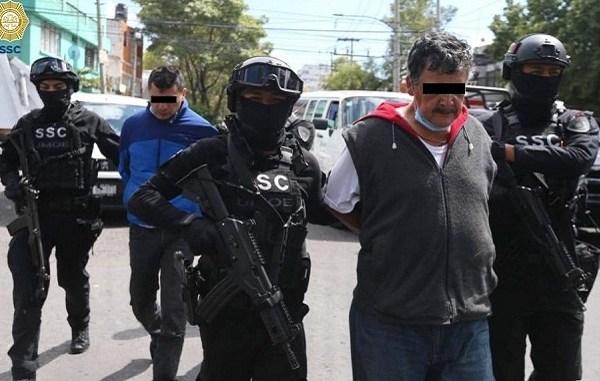 Caen dos, señalados de abandonar medicamentos en Azcapotzalco #VIDEO