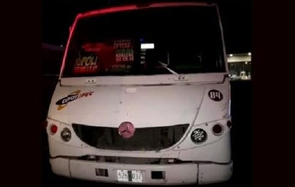 Pasajeros se defienden y enfrentan a ladrones en la México-Querétaro, hay tres muertos