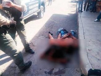 ¡Golpiza por ratas! Así dejaron a dos ladrones de autobús en Tecámac