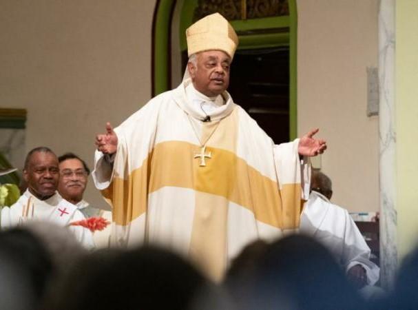 Sociedad y Justicia: Obispo mexicano Arizmendi, entre los 13 nuevos cardenales