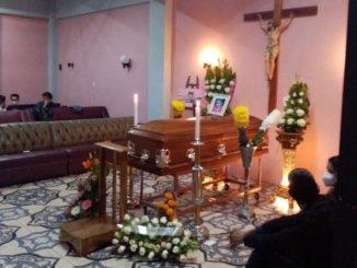 Exigen justicia para mujer linchada en Puebla; era abogada y madre de 6 hijos #VIDEO