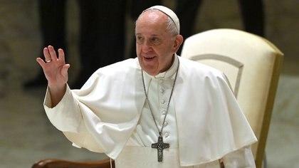 """""""Homosexuales son hijos de Dios"""", Papa Francisco avala uniones civiles entre personas del mismo sexo"""
