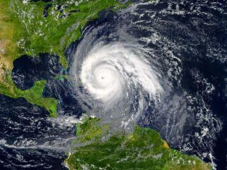 """Quintana Roo podría enfrentar nuevo huracán que se llamaría """"Eta"""""""