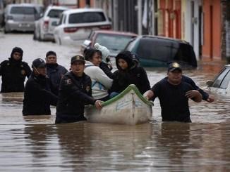 """Al menos 22 muertos tras paso de """"Eta"""" en México"""