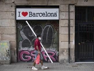 España anuncia programa de vacunación covid para enero