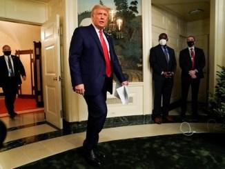 Trump dice que dejará la Casa Blanca si Colegio Electoral lo decide