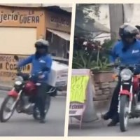 Policía se sube con repartidor para atrapar a ladrones #VIDEO