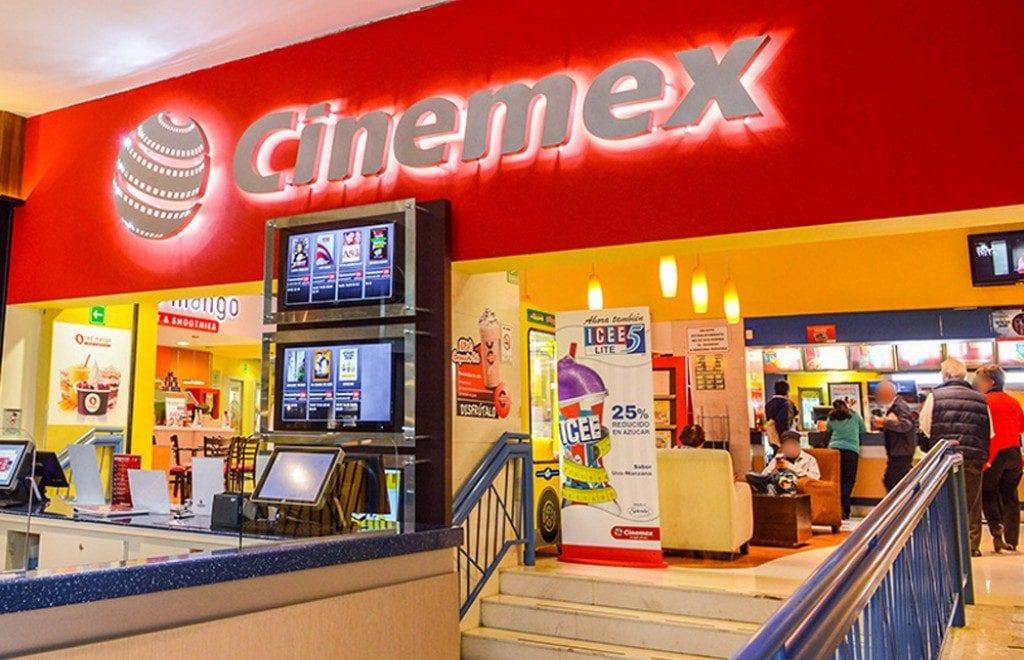 Cierra Cinemex Online, sólo queda autocinema