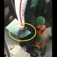 Detienen a sujeto armado con pistola de diábolos en el Metro Merced #VIDEOS