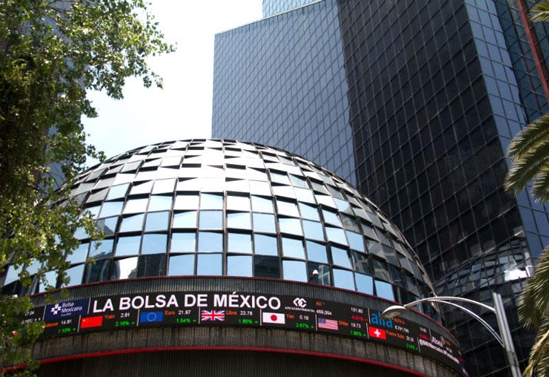 Bolsa mexicana lanza un nuevo instrumento que protege de las tasas de interés