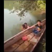 Exhiben a sujeto que se bañaba desnudo con niña en río de Tabasco #VIDEO