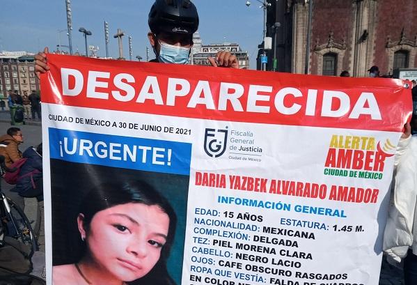 Buscan a Daria Yazbek, de 15 años, desapareció en Centro Histórico, en CDMX