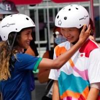 Adolescentes arrasan en skateboarding de Tokio. Joven de 13 años se lleva el oro
