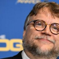 """Guillermo del Toro revela tráiler de """"Nightmare Alley"""" y causa revuelo"""