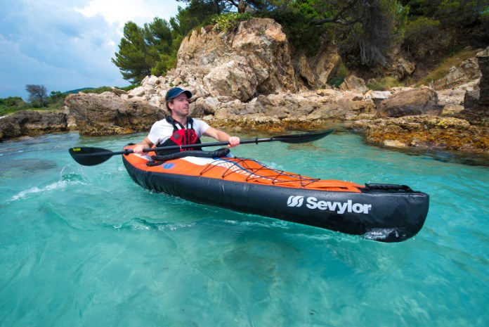 Best Dog Lifejackets For Kayaking Uk