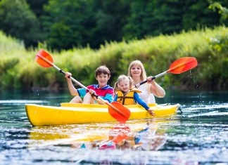 Best Tandem Kayak for Family Outings