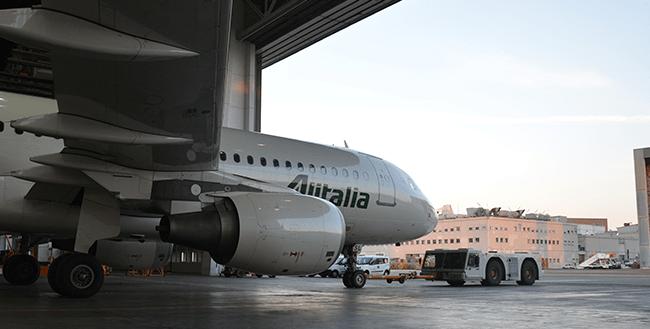 Heathrow landing slots could be worth more than the Alitalia fleet. Photo Credit: Alitalia