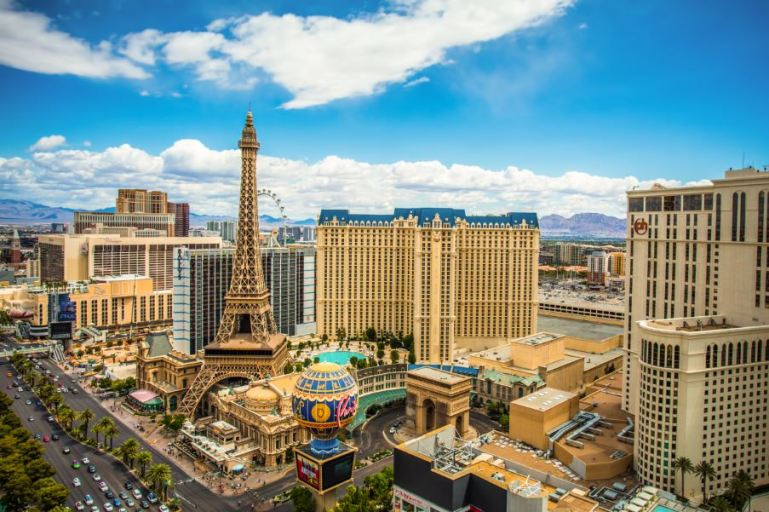 A Businessman Is Making a $10.3 Billion Gamble On Launching An Airline That Only Flies to Las Vegas
