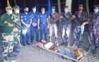 বিএসএফের গুলিতে আহত ভারতীয় যুবককে হস্তান্তর