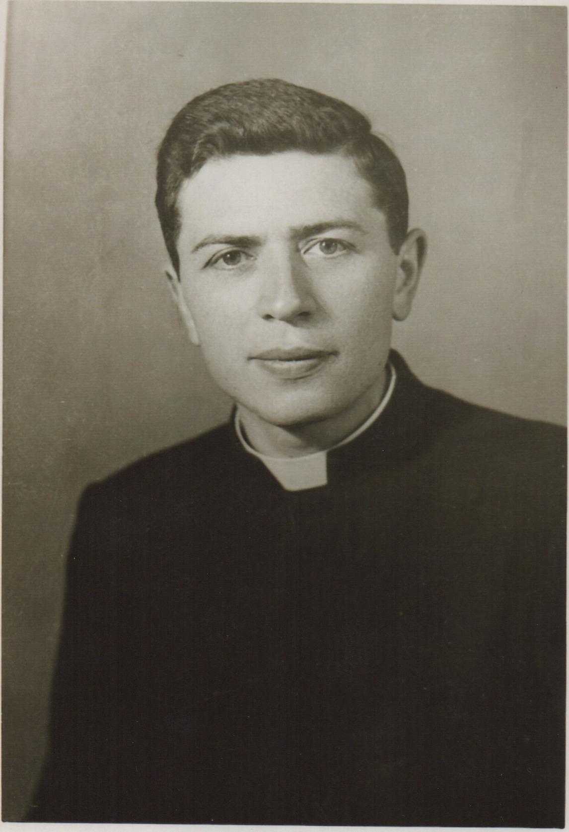 Padre Juan Bertolone - Missionario salesiano Chierese in Argentina.
