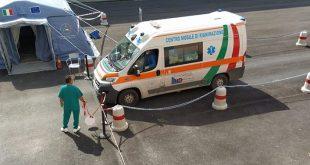 SESSA AURUNCA – Donna colta da malore in strada, salvata dai carabinieri e vigili urbani