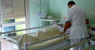 Teano – Diocesi, il vescovo colpito da polmonite interstiziale: condizioni restano serie