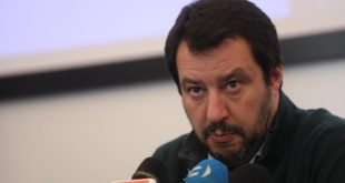 CASTELVOLTURNO  – Il Ministro Matteo Salvini in visita : diretta video