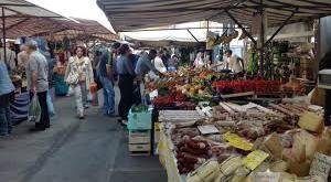 Teano – Mercato settimanale, divampa la polemica: ambulanti chiedono di parlare con il sindaco