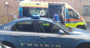 SESSA AURUNCA – Poliziotto aggredito a morsi, profonda ferita al braccio