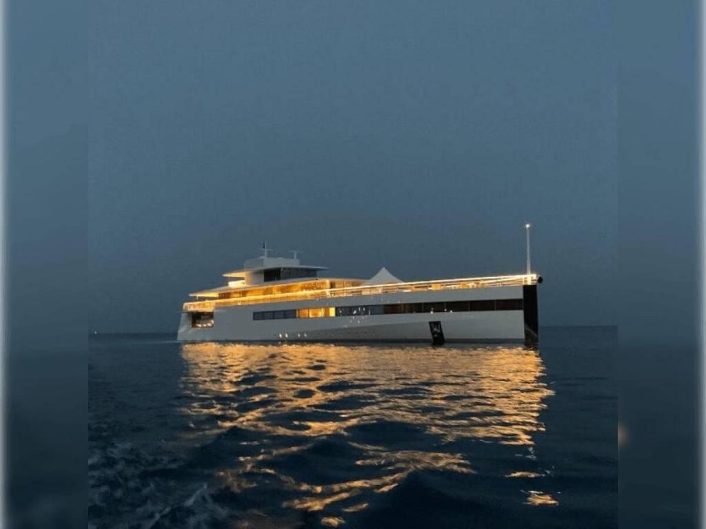 Venus, Le Bateau de Steve Jobs au Large de Monaco