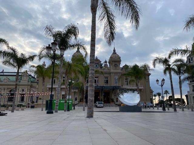 «On est venus se faire un petit restau» : comment Monaco gère l'épidémie… et le «tourisme Covid» des Français