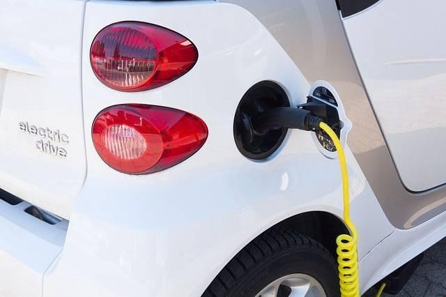 Nouvelles aides gouvernementales à l'achat de véhicules électriques ou hybrides