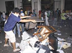 http://www.pagina12.com.ar/fotos/20090706/notas/na21fo01.jpg