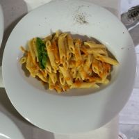 pennette alla zucca – tapas y meal
