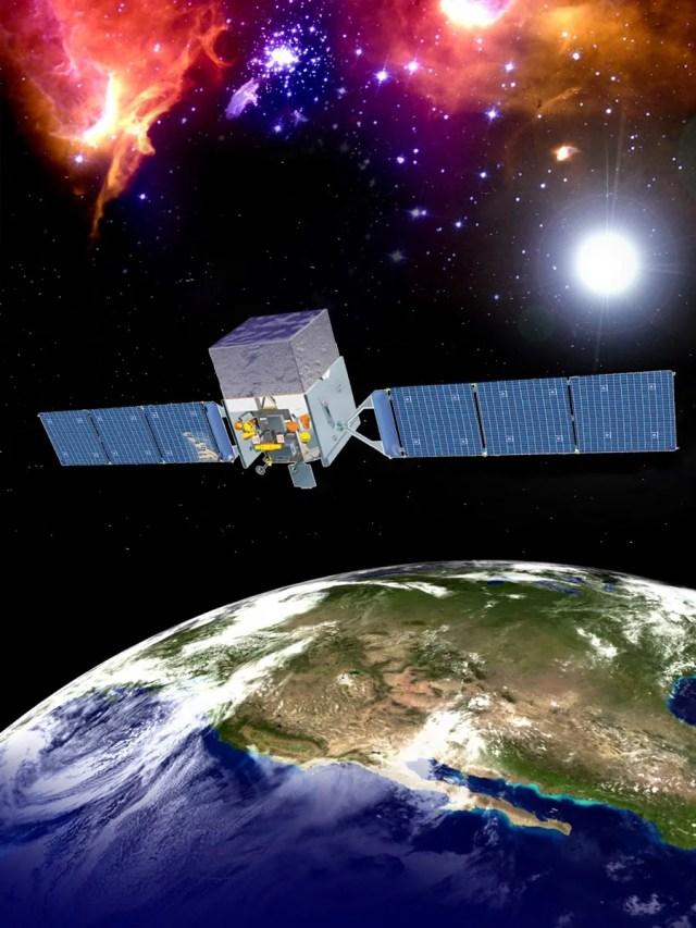 Il telescopio spaziale Fermi in orbita intorno alla Terra (rappresentazione artistica). Credit: NASA