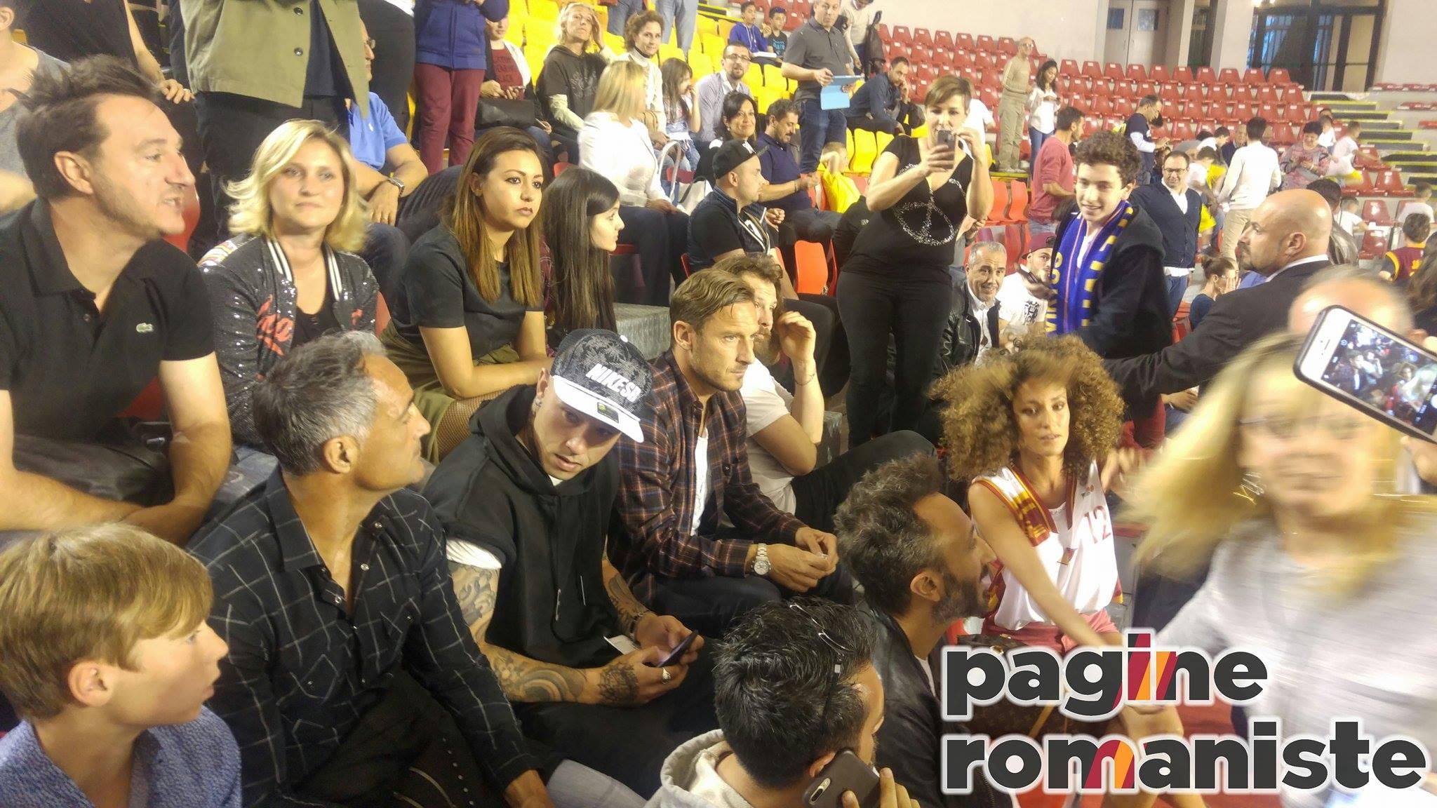 Inter, offerto un biennale a De Rossi: il giocatore aspetta la Roma
