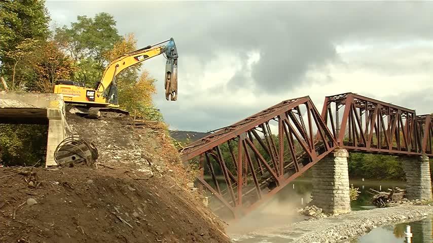 Coxton Bridge Demo 5 pm