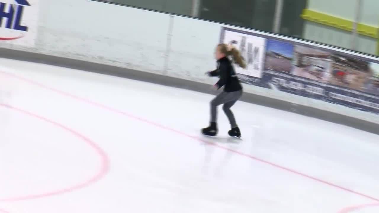 Holiday_Ice_Skating_8_20181220163951